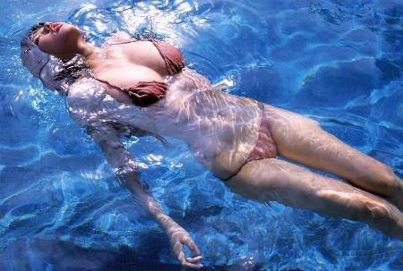 Водные упражнения для шейного отдела