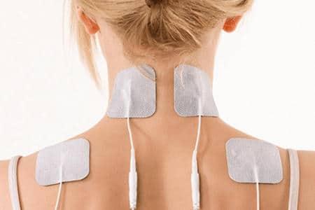 накладки для электрофореза на спине у женщины